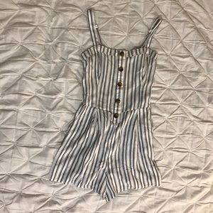 Hollister- Button Front Romper (size-small)